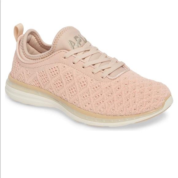0b6087fd2e3c APL TechLoom Phantom Running Shoe •